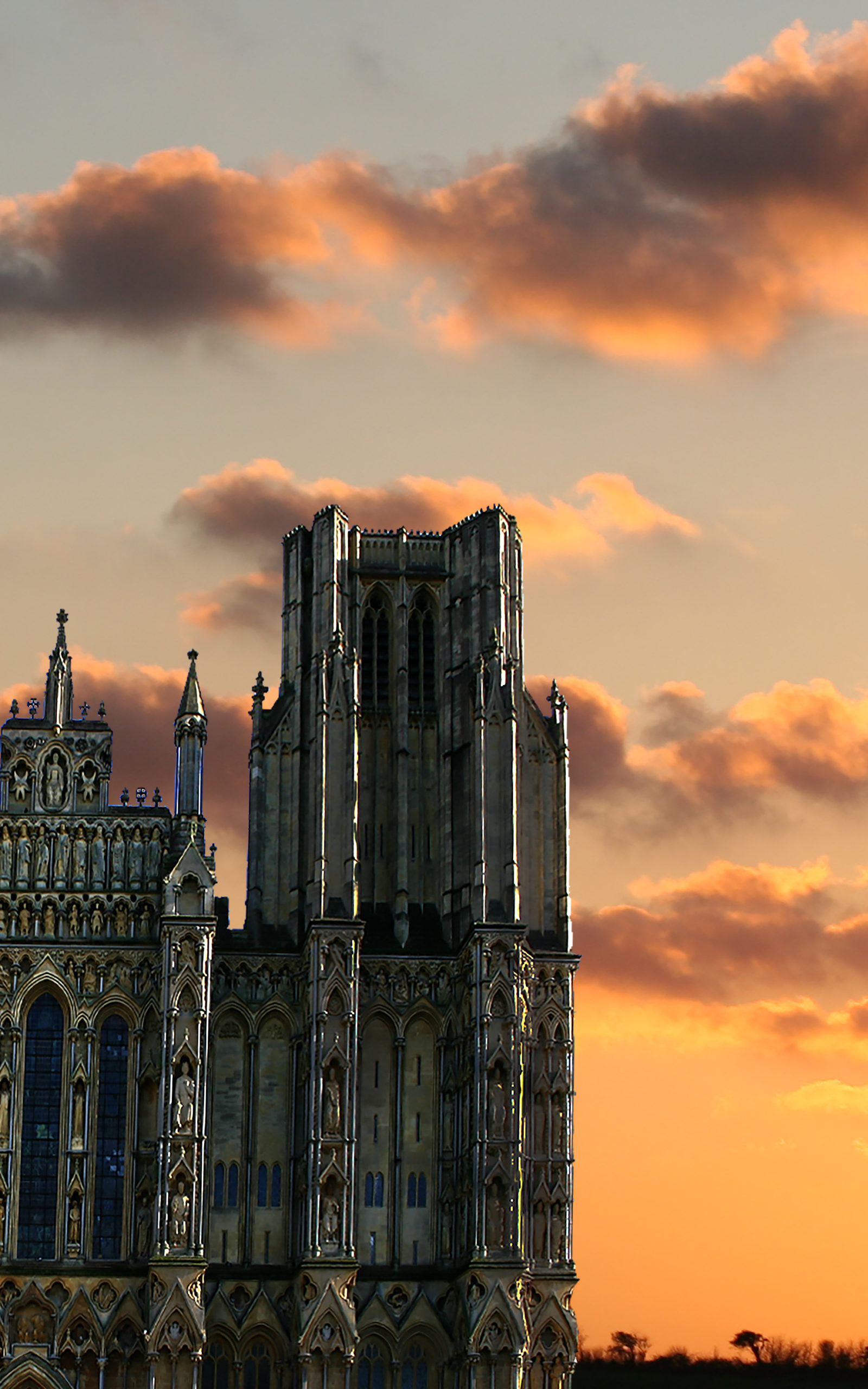 This image has an empty alt attribute; its file name is Muder_at_the_Catherdral-photo-scaled.jpg